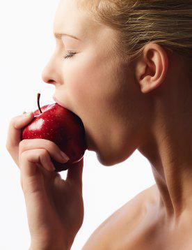 La importancia de masticar bien los alimentos | Vitagenes Blog